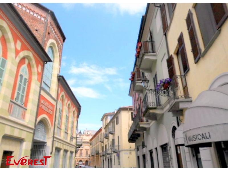Vercelli, Via Verdi